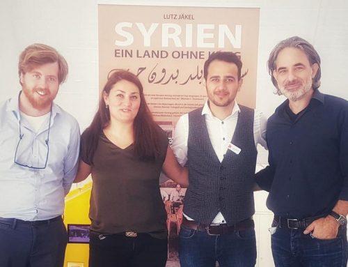 Live-Reportage: Syrien – Ein Land ohne Krieg (u.a. mit Lamya KaddorundLutz Jäkel)